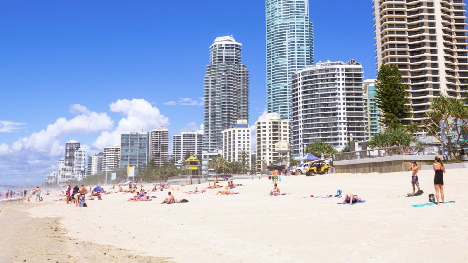 Gold Coast Beach Surfers Paradise
